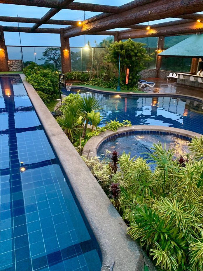 Baguio Country Club Pool